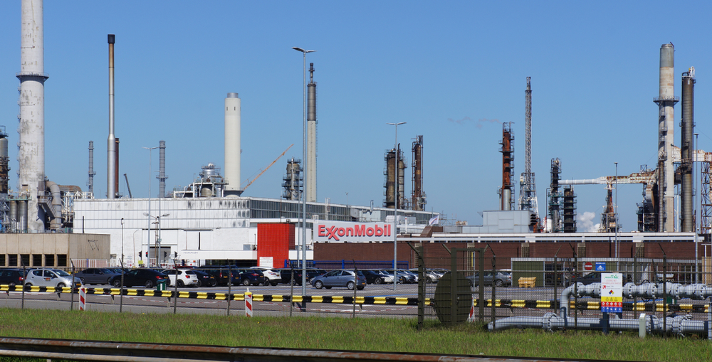 Hold Your Applause for ExxonMobil's Self-Serving Climate