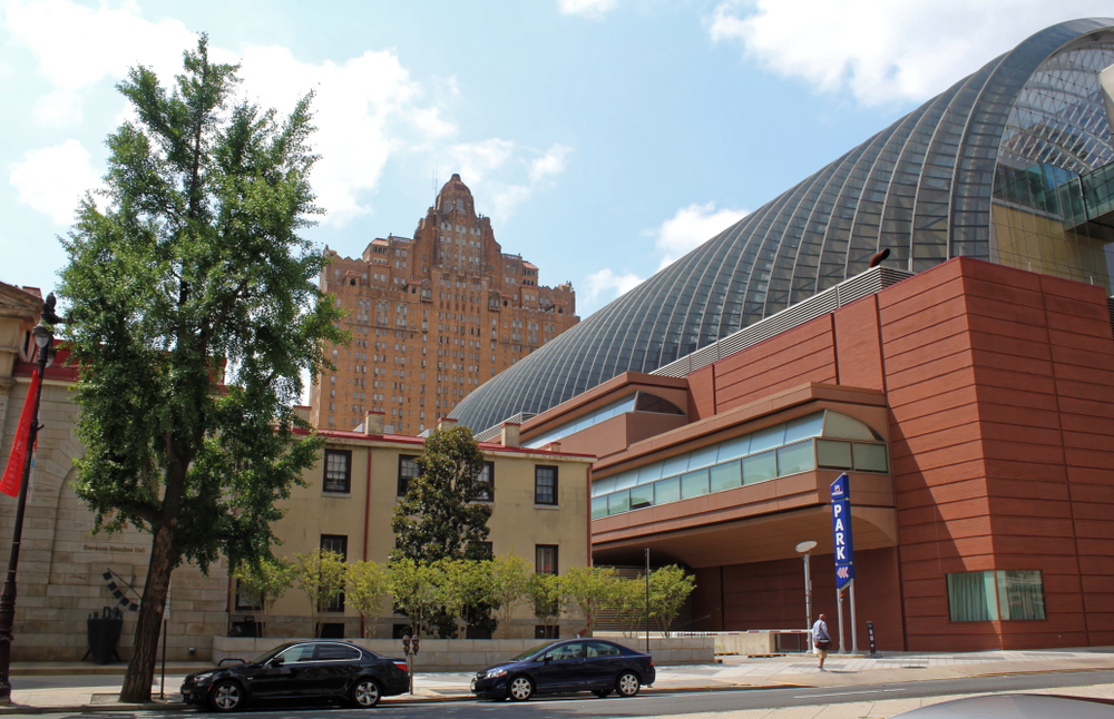 the Kimmel center for the performing arts. Jerome LABOUYRIE/SHUTTERSTOCK