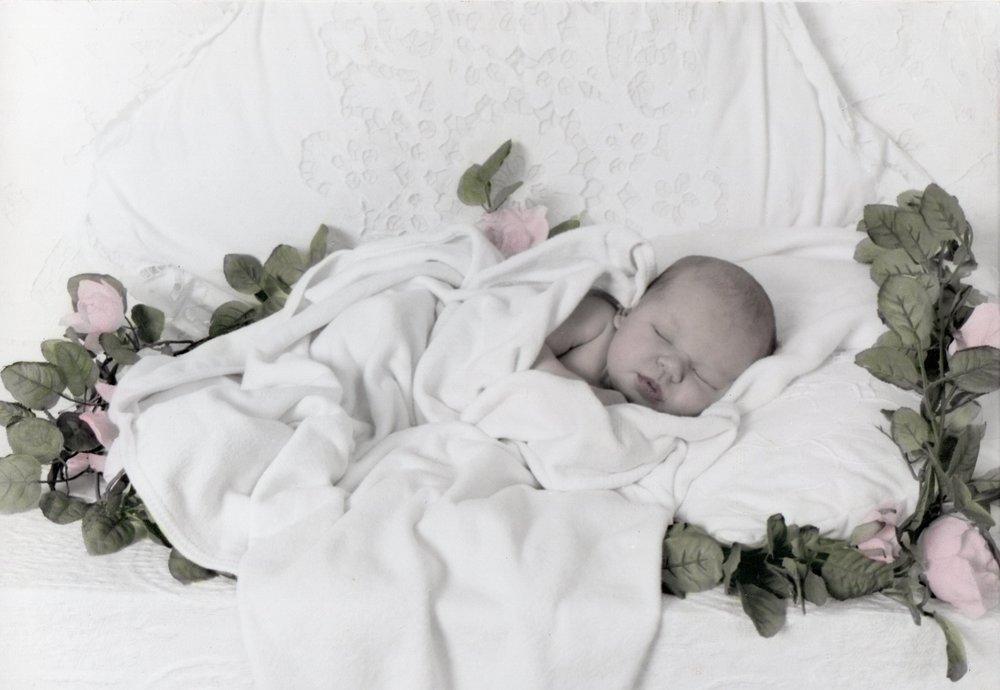 newborn001.jpg