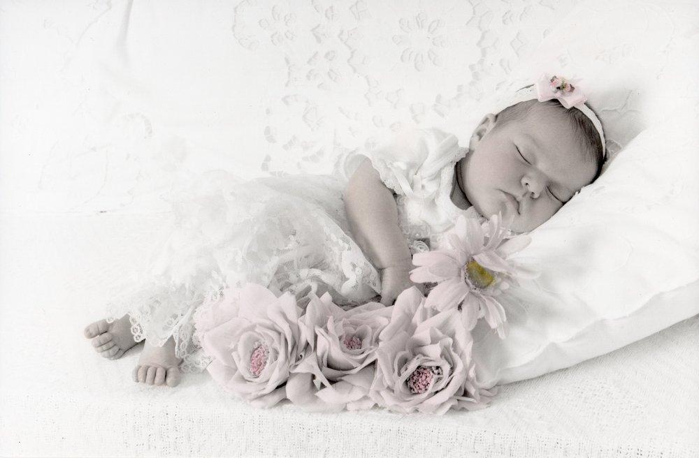 newborn004.jpg