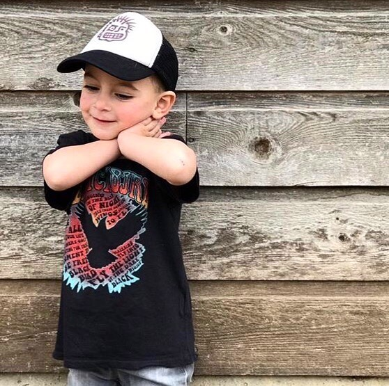 Rowdy Sprout Available @smallnoise @feliz_interiors_houston 📷 via: @rowdysprout #rowdysprout #kidstees #stylishkids #rockstarkids #babyclothing #kidsclothing