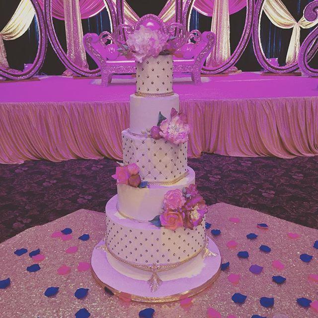 Celebrating Satinder & Lovepreet's big day! #cake #wedding #bestof #nj #nyc #custom #handmade #itsallinthedetails #satinderandlovepreet