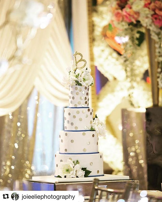 We are so grateful to be surrounded by such talented people! Thank you @joieeliephotography for capturing Shallan and Amit's cake perfectly! . . . #Repost @joieeliephotography (@get_repost) ・・・ A party without #cake is just a meeting. #averyberywedding #joieeliephotography #weddingcake cake by @thecakerybakeshop venue: @marigold_nj decor by : @ravi_weddingdesign 💄: @cinderellabridez 🎥📷 : @joieeliephotography