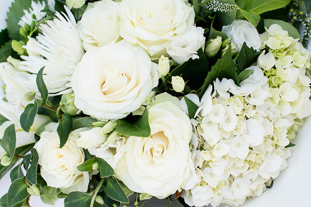 White Bungalow_Bouquet 13.jpg