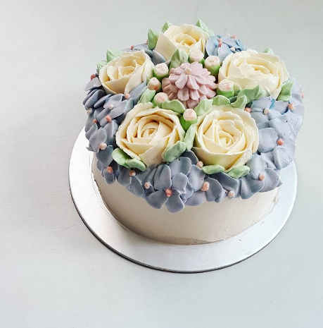 Buttercream Floral Cake   Homemade by Serena