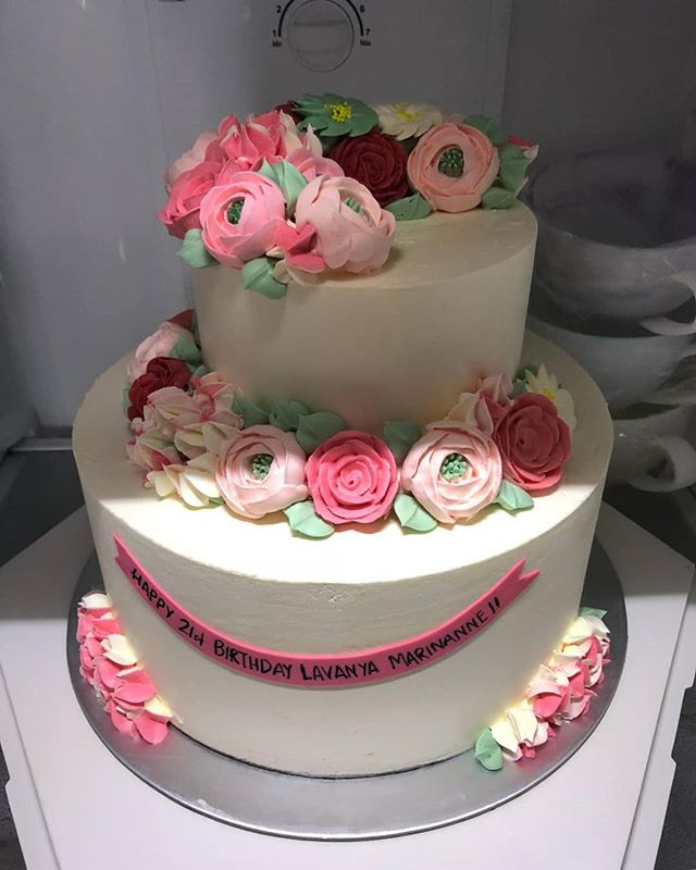 Customised floral themed 2 tier cake! 🌼🌸 Make any celebration magical with Homebakee! 😊  Looking for a highly customizable cake? Need a personalized themed dessert table with customized baked goods? From cakes to cupcakes.. we do it all! 🎂🍩🍪🍰🥧 Call the Cakeman right now!! • Call or whatsapp The Cakeman right now @ +65 9037 2990 • Choose from our catalogue of cakes on our website. Link in bio ☝🏻 • #homebakee #thecakeman
