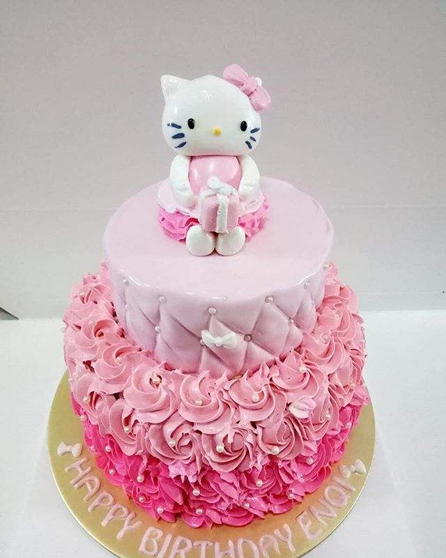 Customised 2 tier Hello Kitty cake for Enqi! 👸🏻😺 Make any celebration magical with Homebakee! 😊  Looking for a highly customizable cake? Need a personalized themed dessert table with customized baked goods? From cakes to cupcakes.. we do it all! 🎂🍩🍪🍰🥧 Call the Cakeman right now!! • Call or whatsapp The Cakeman right now @ +65 9037 2990 • Choose from our catalogue of cakes on our website. Link in bio ☝🏻 • #homebakee #thecakeman