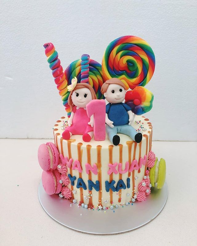 Customized Candyland themed cake with beautifully crafted fondant figurines! 🍭 Make any celebration magical with Homebakee! 😊  Looking for a highly customizable cake? Need a personalized themed dessert table with customized baked goods? From cakes to cupcakes.. we do it all! 🎂🍩🍪🍰🥧 Call the Cakeman right now!! • Call or whatsapp The Cakeman right now @ +65 9037 2990 • Choose from our catalogue of cakes on our website. Link in bio ☝🏻 • #homebakee #thecakeman