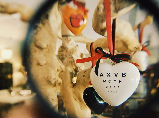 Love is not blind- it sees more, not less. 🔍  Pick up gifts for your loved ones this Valentine's Day at Asiatique Collections. ♥️♥️♥️
