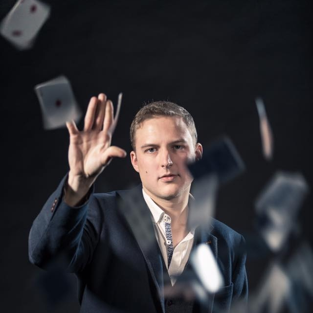 MagicIain  -magician