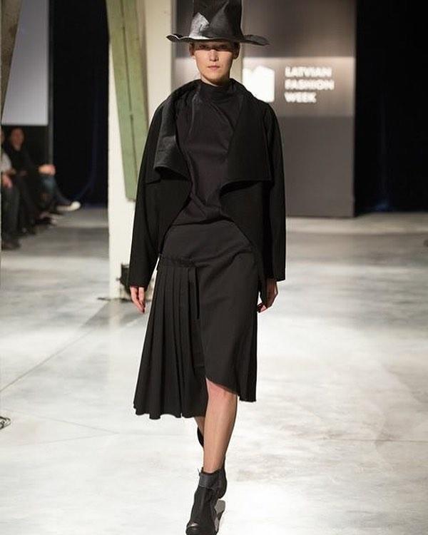 straight from the runway @ladiga #madeinbaltics #fashion #weloveblack #awakecollective #zerowastefashion