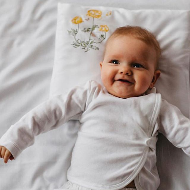 @meadowmebedding unique baby beddings made from 100% natural materials. For the greatest dreams ever. #babybedding #helsinki #helsingfors #design #madeinbaltics #childbirth
