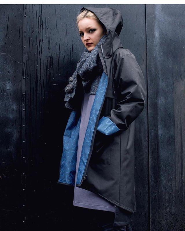 Happy go lucky! Now presenting @rainis.eu stilish raincoats and shirts 💦💦 #raincoat #rain #madeinbaltics #helsinki