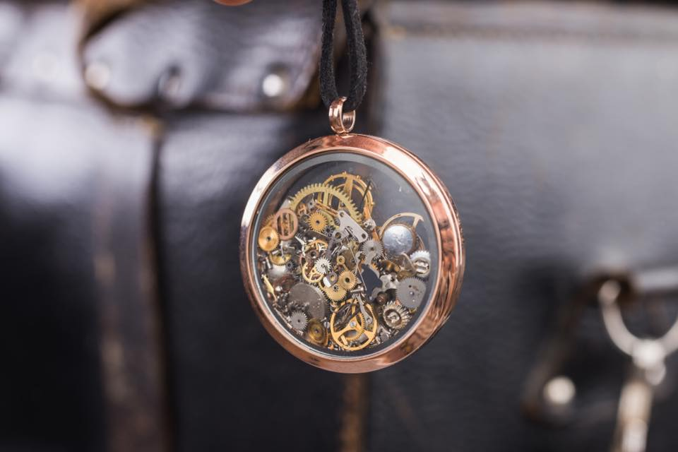 VOLFWOOD  Brand from Latvia making accessories from recycled clock mehanisms