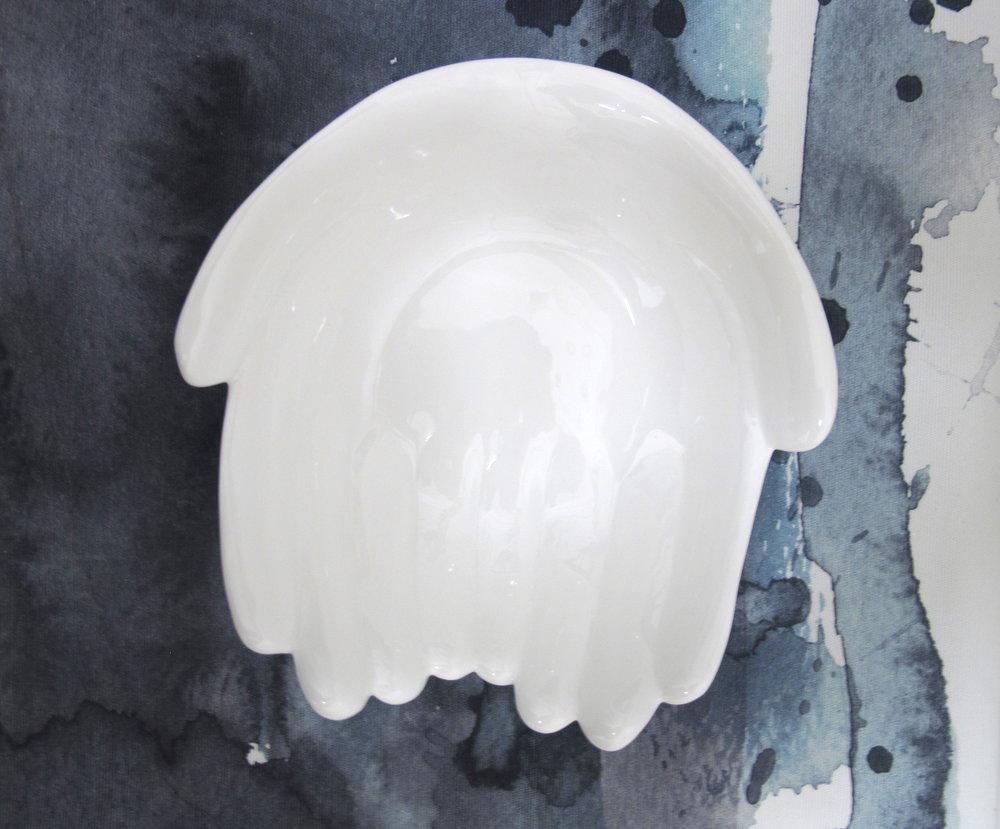 PIEBALGAS PORCELAIN FABRIC  Porcelain fabric based in Piebalga, Latvia making unique and minimalistic tableware from white porcelain