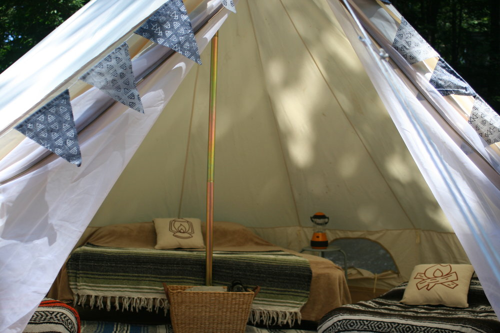 Ask about our Maine backyard gl&ing slumber party package for your childu0027s next birthday! & MainelyGlamping-Maine Canvas Tent Rental Bell Tent Rental