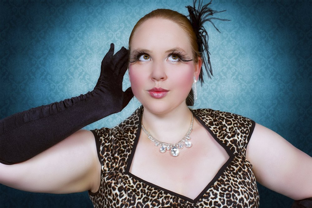 Fräulein Fancy - Burlesque und Chanson