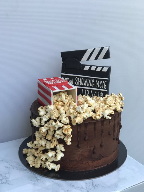 Movie+Theme+cake.jpg