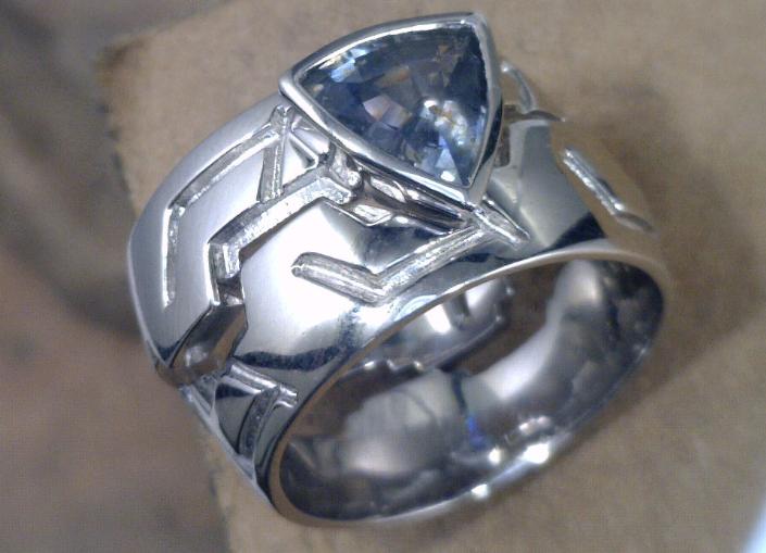 Harley Davidson lovers Montana sapphire wedding set.png
