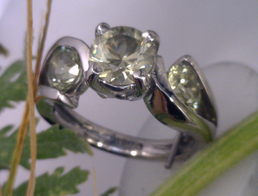 Yellow Sapphire 3 stone ring in Palladium.png