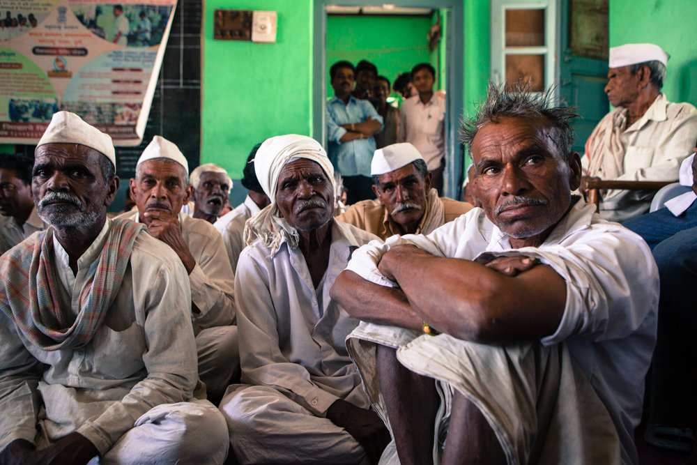 A concerned farmer at a gathering in Guikhed village, Amravati district. Guikhed is a beneficiary at the tail end of the irrigation system of the Upper Wardha Dam and will be worst hit if the waters reaching its 600-acres are diverted to the nearby RattanIndia Amravati Thermal Power Project (formerly Indiabulls Power Ltd.).