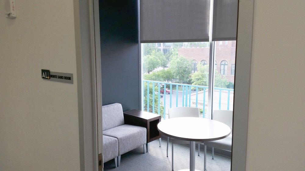 Monte Sano Room Seats: 2-4