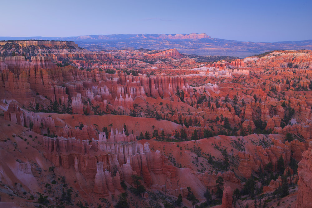 After sunset in Bryce Canyon National Park. © Robert Lowdon