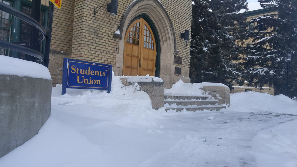 Students' Union building entrance. (Ashlyn Pearce/The Quill)
