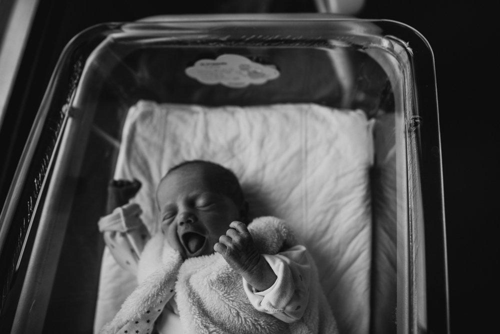 reportage maternité Sixtine | freyia | photographe lifestyle nouveau-né maternité grossesse  naissance reportage paris IDF 75-36.jpg