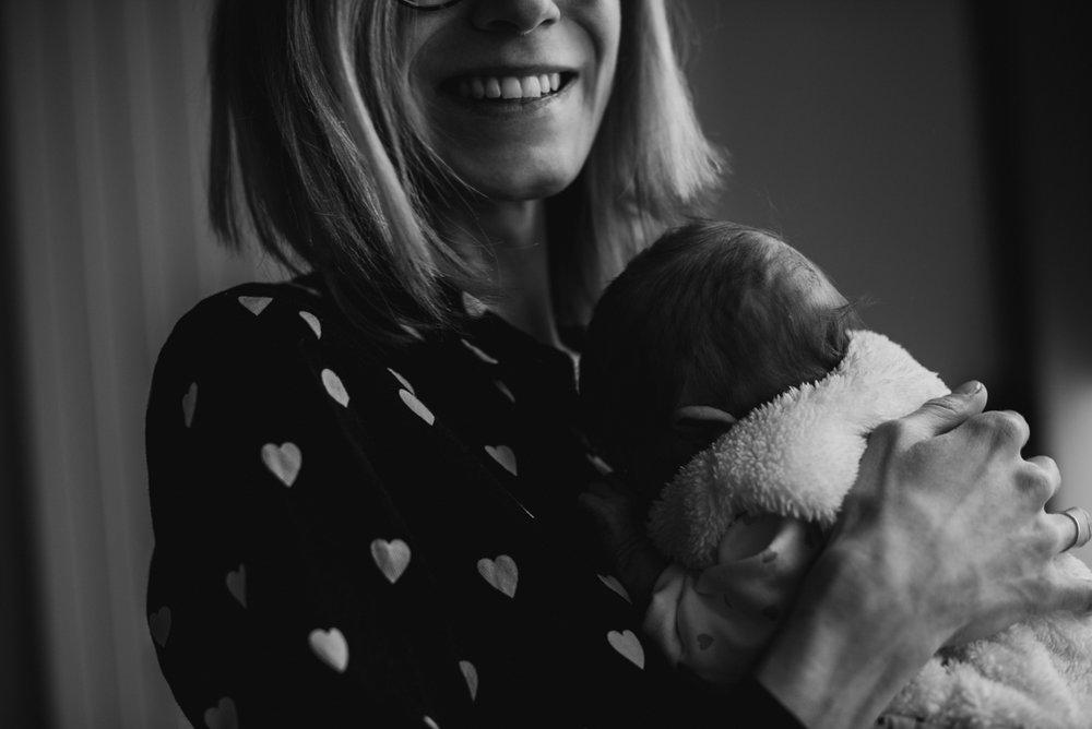 reportage maternité Sixtine | freyia | photographe lifestyle nouveau-né maternité grossesse  naissance reportage paris IDF 75-41.jpg