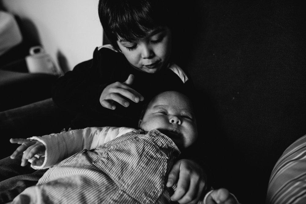 reportage du quotidien FBC | FREYIA photography | photographe famille | nouveau-né maternité grossesse lifestyle reportage du quotidien naissance allaitement | PARIS Ile de France-4.jpg