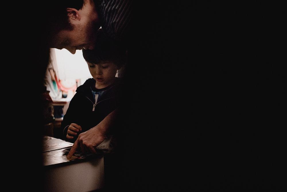 reportage du quotidien florent benjamin camille FREYIA | photographe famille | nouveau-né maternité grossesse lifestyle reportage du quotidien naissance allaitement | PARIS Ile de France-37.jpg