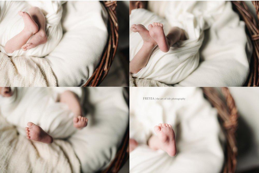 session nouveau-né posée Ingrid 1 | freyia | photographe lifestyle nouveau-né maternité grossesse  naissance reportage paris IDF 75 -1.jpg