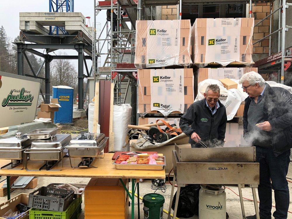 Eisvogel Aufrichte Neubauprojekt NIDO Sennhof Winterthur Verkauf Boll Immobilien