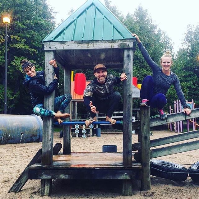 So yesterday was pretty cool... @gypsygirlyoga and I met up with @jameselementalbody in Collingwood who had us crawling, jumping, rolling, hanging, lifting rocks, climbing aaaaand swimming in GEORGIAN BAY (in OCTOBER!!!😱). Let's just say I'm super sore today... but feeling awesome! Such a neat experience! 💪🏻🌲🌊 #nature #getoutside #pushyourself #newchallenges #outsideyourcomfortzone #outdoorworkout #movnat #justmove