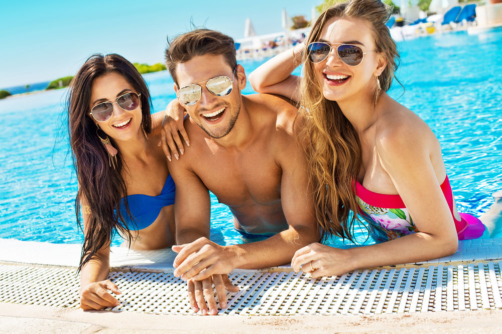 Free Entry at Island Clubs - & Exclusive Access to Poolside and Beachside parties