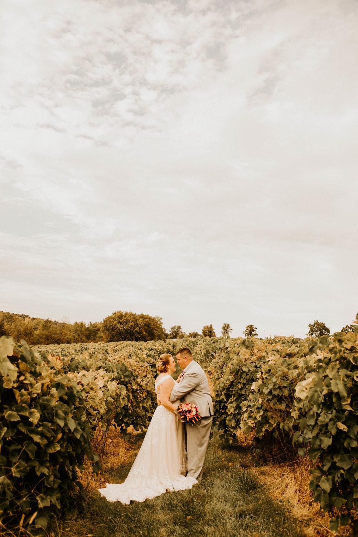 Wedding at Sugar Creek Winery  Maranda and Zac's Wedding Day  Defiance, Missouri  Phoenix Wedding Photographer379.jpg