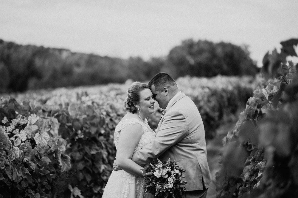 Wedding at Sugar Creek Winery  Maranda and Zac's Wedding Day  Defiance, Missouri  Phoenix Wedding Photographer398.jpg