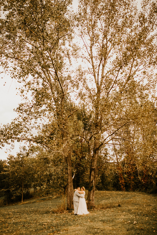 Wedding at Sugar Creek Winery  Maranda and Zac's Wedding Day  Defiance, Missouri  Phoenix Wedding Photographer476.jpg