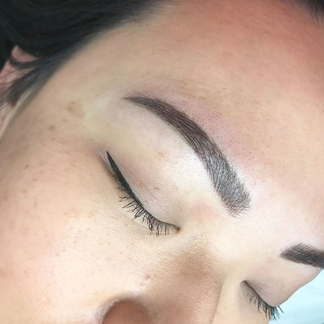 Who wouldn't want to wake up with brows.  This is a microblading/shading combo.  Procedure time: 2 hours +  Lasts 1-3 years depending on how well you care for it and skin type.  Healing time : 1-2 weeks.  Pain: very minimal numbing cream will be used. Organic dye is used.  Cost: $550 includes touch up.  Questions and bookings: please email Ashley.aglowbyjoan@gmail.com  bookings open for March! . . . . . #aglowbyjoan#browartist#microblading#microbladingandshading#semibrows#wakeuplikethis#browsonfleek#browtattoo#natural#brows#beforeandafter#powderbrows#browgamestrong#follow#igdaily#love