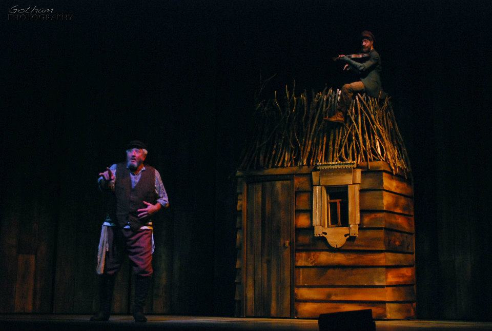 Jacob-Brent_Fiddler-On-The-Roof549525_10150986903472997_1611077593_n.jpg