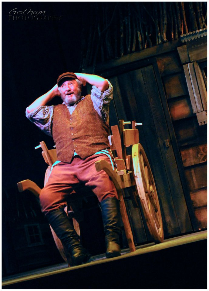 Jacob-Brent_Fiddler-On-The-Roof578651_10150986902957997_1382554289_n.jpg