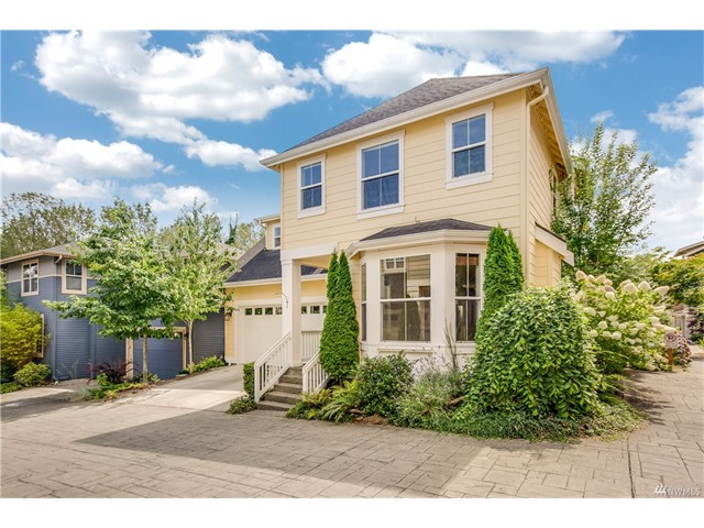 6719 37th Ave S, Seattle WA 98118 SOLD for $520,500 For more photos & information, click here