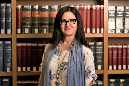 Donna Tilden, Rateseer