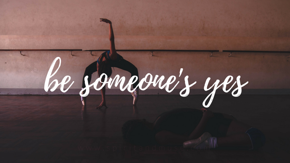 girl boss - be someone's yes - free desktop wallpaper