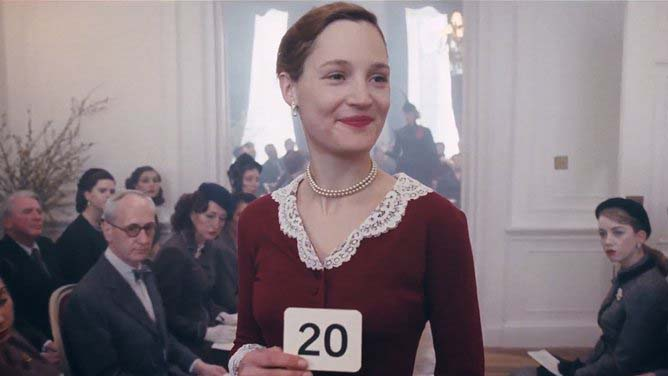 phantom thread vicky krieps.jpg