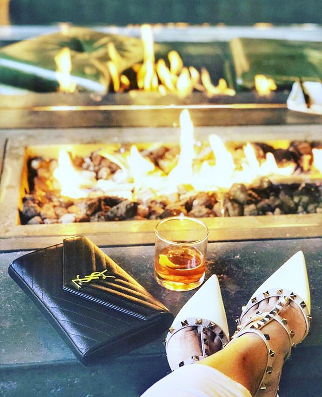 Kick back and enjoy some RR with us—Dinner + drinks + live band, starting at 9pm 🥃