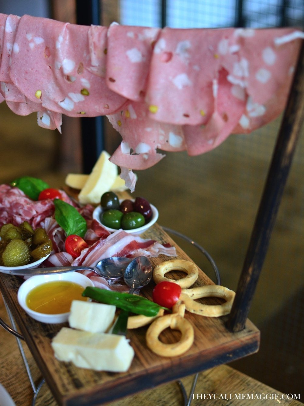 Degustazione mista - a selection of Italian cured meats and cheeses