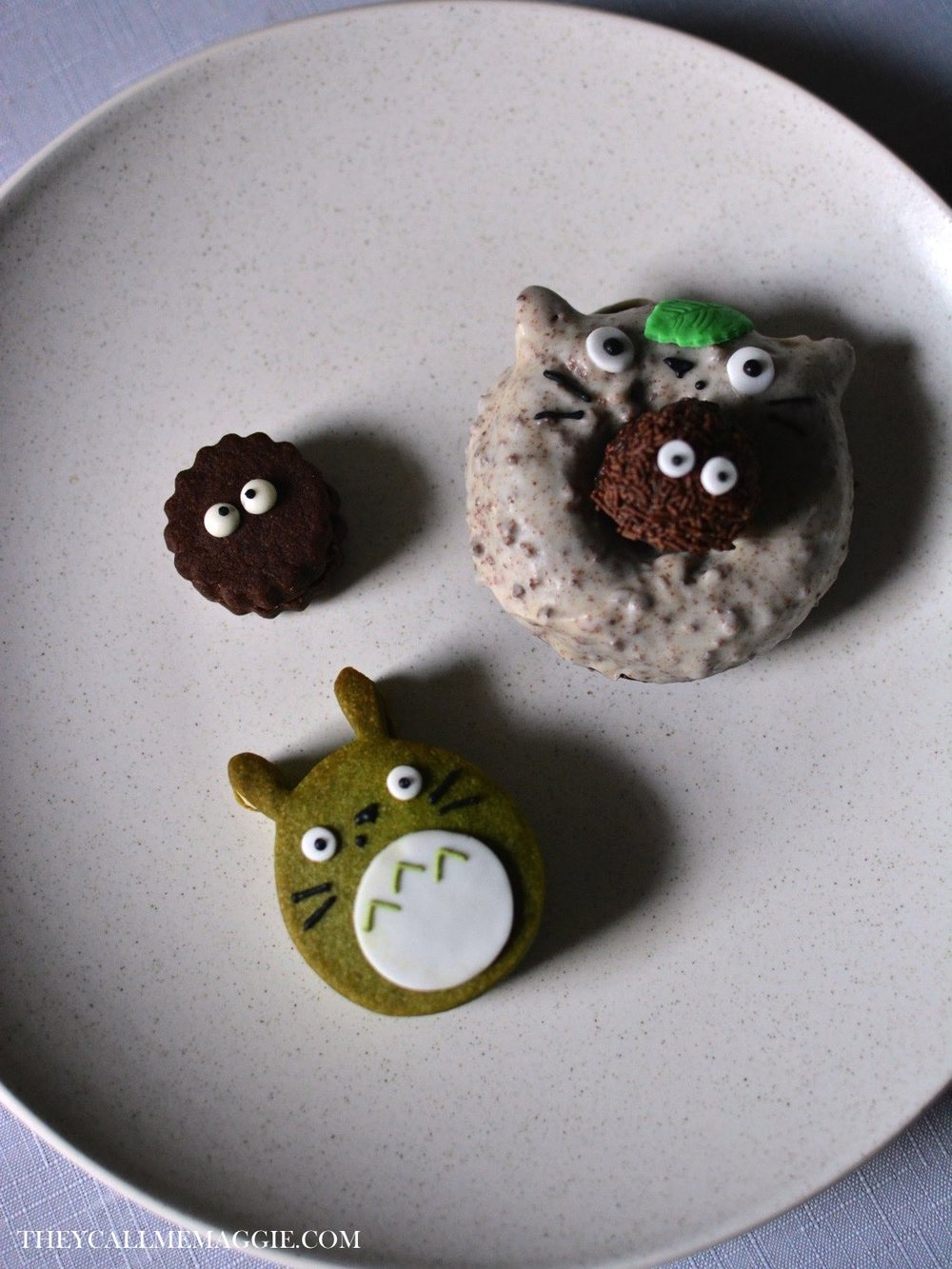 Cuteness galore. Legit impossible to eat (for me anyway), I had to let my siblings tuck into these goodies.