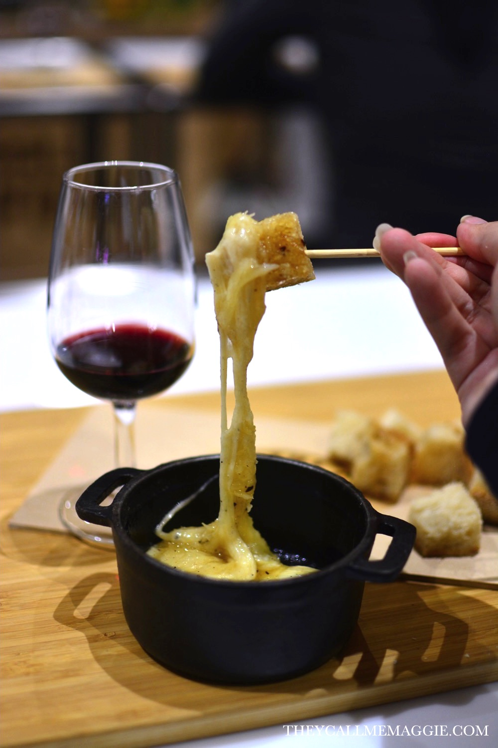 cheese-fondue-wine.jpg